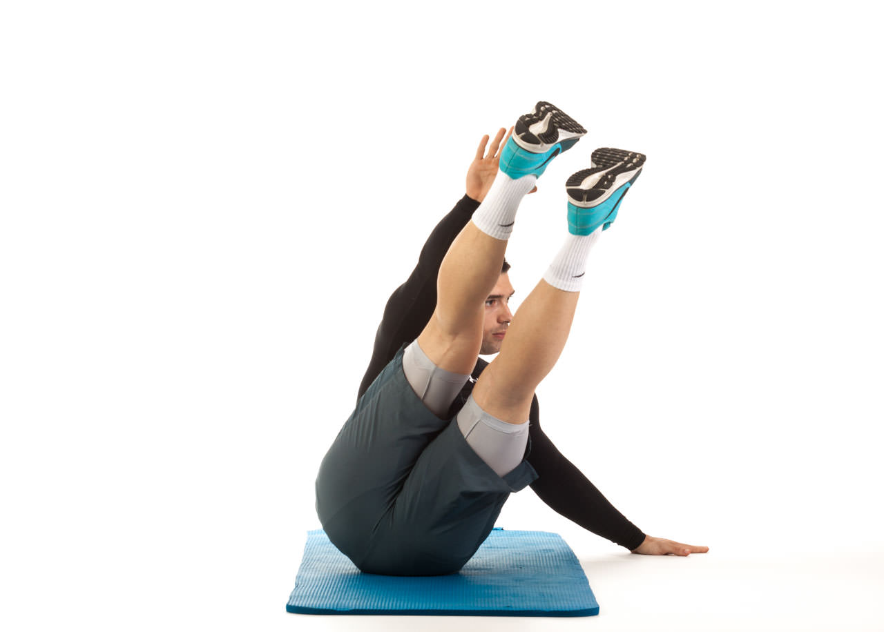 Oblique Crunches with Extended Legs frame #5