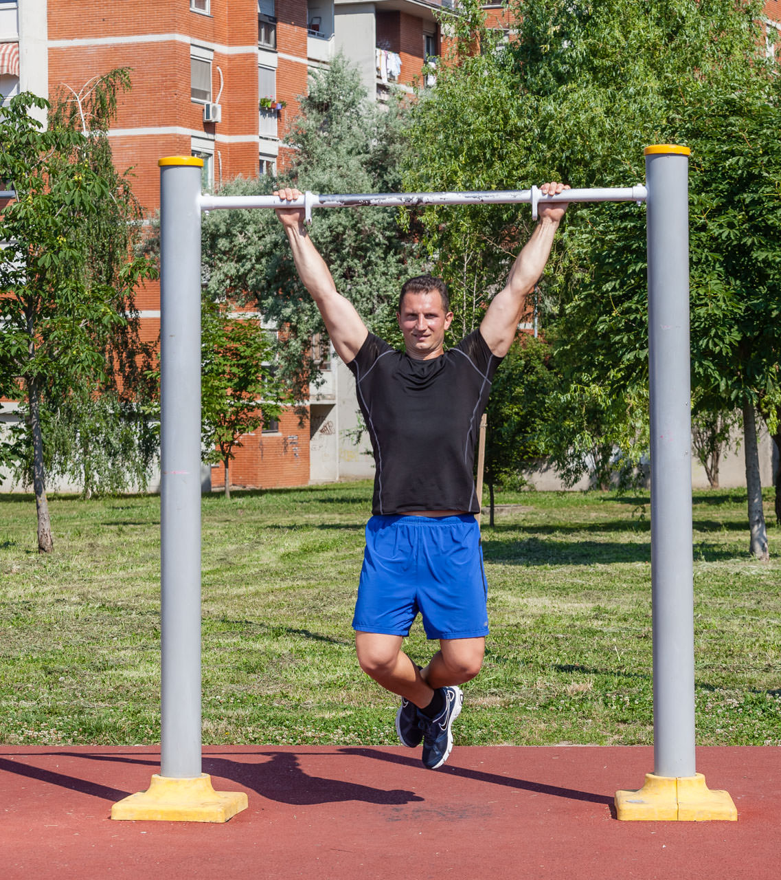 Wide-Grip Pullup frame #1
