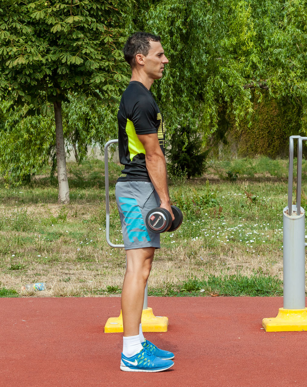 Dumbbell Romanian Deadlift frame #4