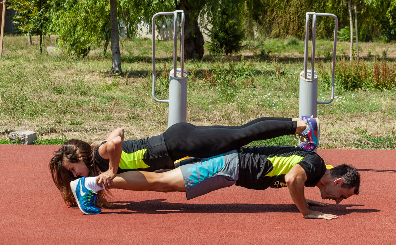 Partners Push-Up frame #2